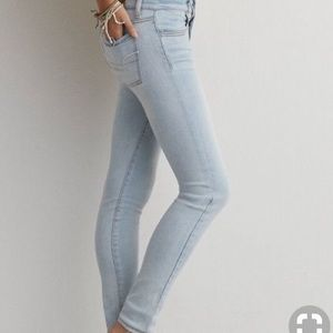 American Eagle Outfitters Light Wash Jeans/Jegging